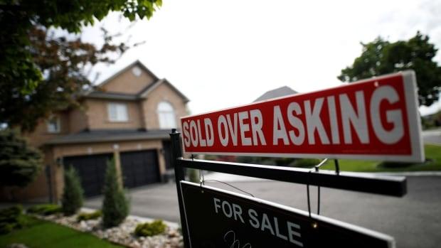 De huizenmarkt vertraagde in april, maar de gemiddelde prijs stijgt nog steeds in een recordtempo