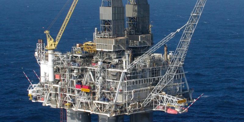 Fawry en Oregon verdedigen de binnenlandse olie-industrie na het rapport van het Internationaal Energieagentschap over de onmiddellijke stopzetting van investeringen