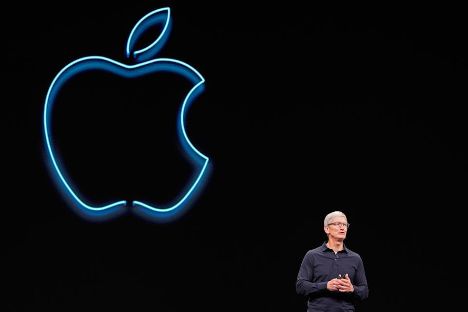 Apple CEO Tim Cook spreekt tijdens Apple's jaarlijkse wereldwijde ontwikkelaarsconferentie in San Jose, Californië, VS, 3 juni 2019. REUTERS / Mason Trinca