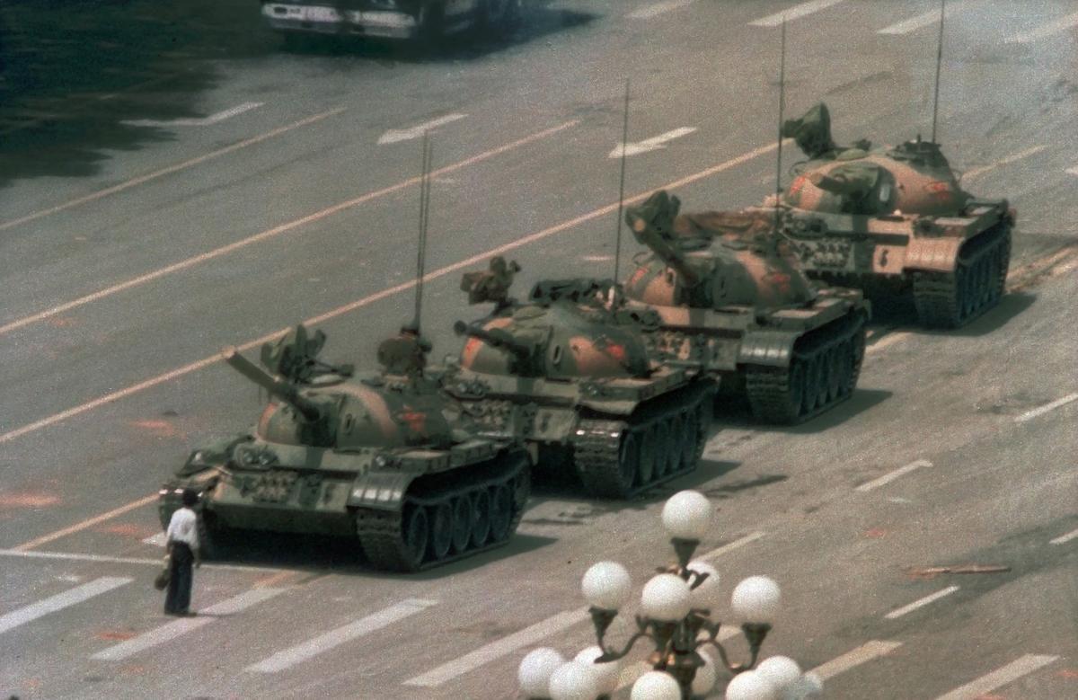 """Microsoft zegt dat """"menselijke fout"""" ertoe heeft geleid dat de tank van Tiananmen uit zijn zoekmachine is verdwenen"""