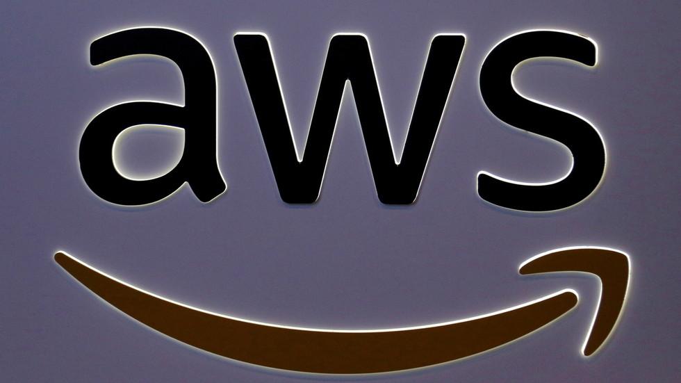 Amazon neemt beveiligde berichten-app Wickr over die wordt gebruikt door het Pentagon – RT USA News