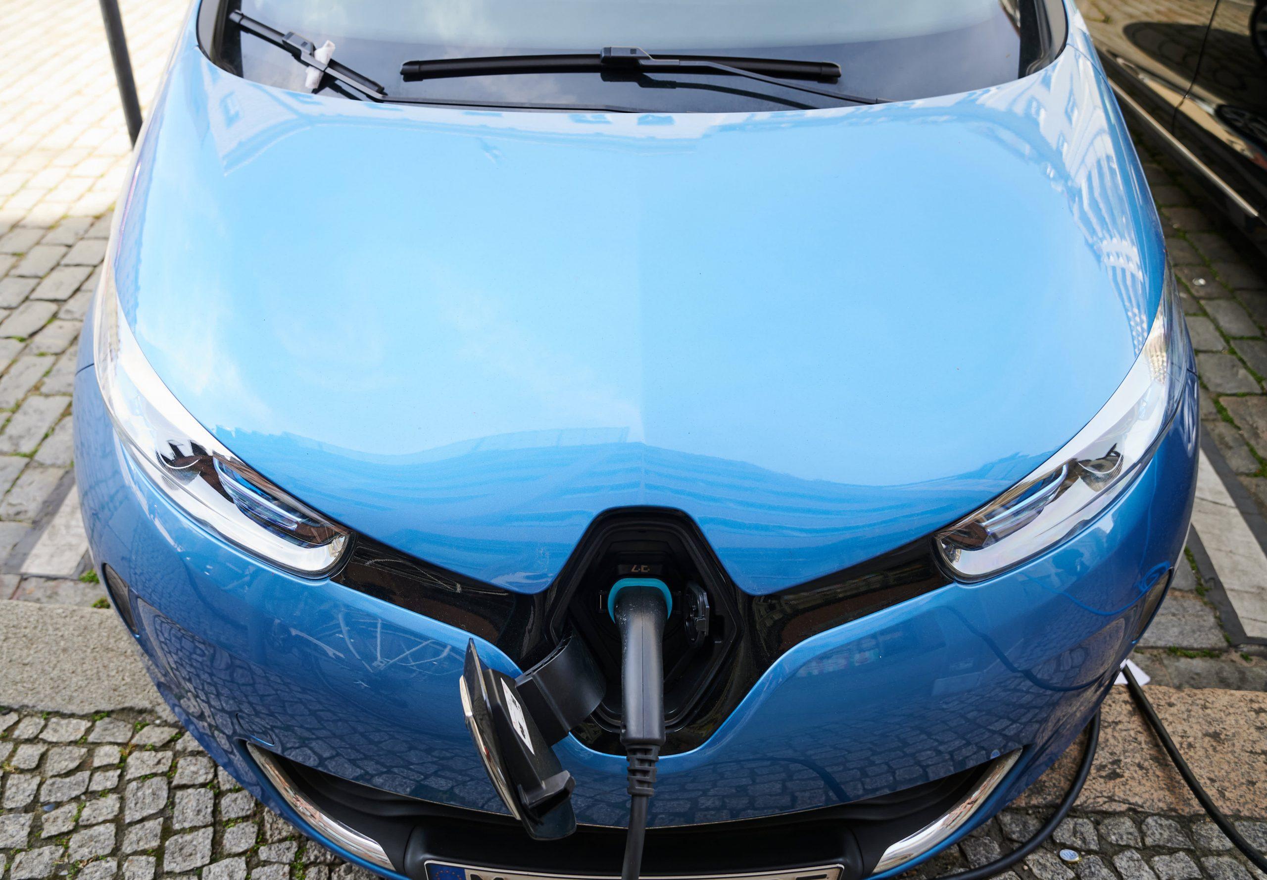 Renault tekent deals met de gigantische fabriek met Chinese en Franse bedrijven