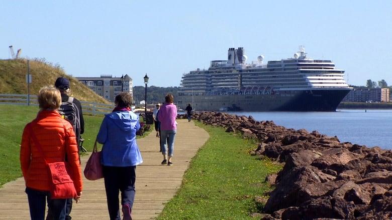 Cruiseschepen mogen in november Canadese havens aan