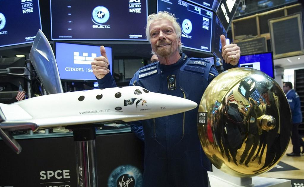 Miljardair ruimterace: Branson wil vliegen voor Bezos |  ruimte nieuws
