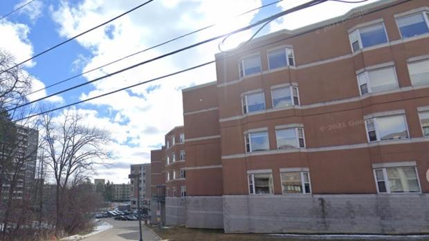 Vier bewoners hebben positief getest op de COVID-19-uitbraak in St Joseph's Villa Long Term Care Home in Hamilton