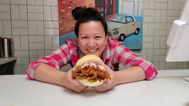 Waarom is de honger naar sandwiches met kip roodgloeiend en vertoont het geen tekenen van vertraging?