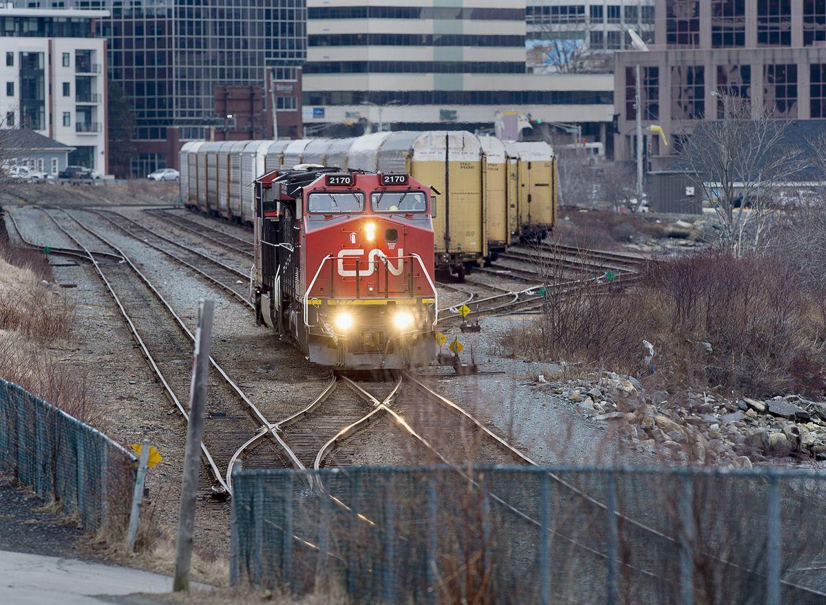 Amerikaanse spoorwegregulator behandelt deal tegen CN's bod van $ 29,8 miljard om Kansas City Southern over te nemen