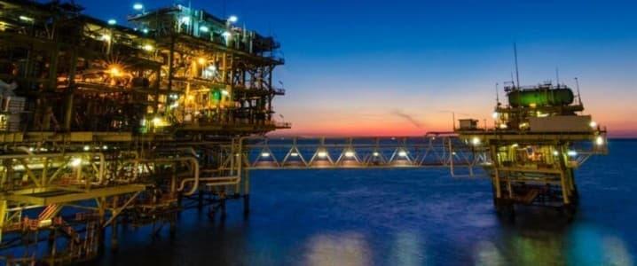 CEO van Chevron: Olieprijzen zullen langer hoog blijven
