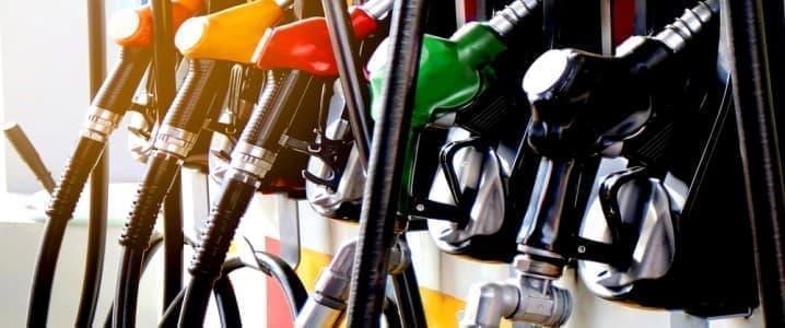 De benzineprijzen in de Verenigde Staten bereikten het hoogste niveau in 7 jaar