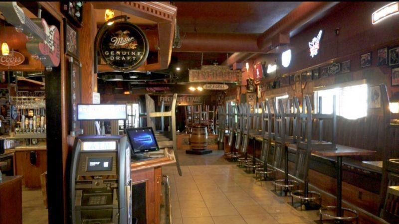 Langdon, Alta.  Bar sluit dinerservice na bedreigingen en biedt in plaats daarvan afhaalmaaltijden aan
