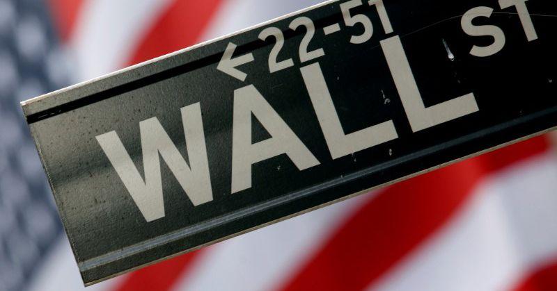 Wall Street struikelt over zwak consumentenvertrouwen en stijgende obligatierentes