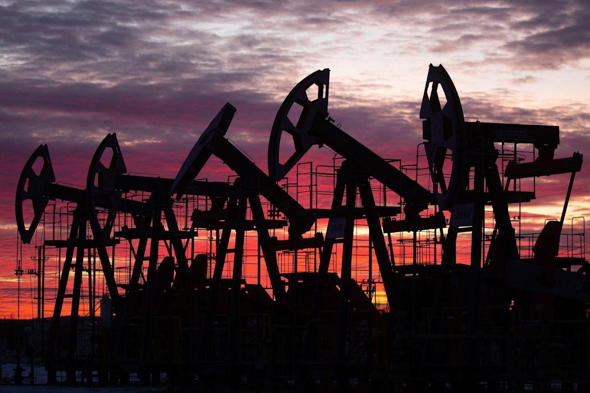 Aandelen dalen te midden van oliesprong, vrees voor hardhandig optreden in China: markten wikkelen zich in